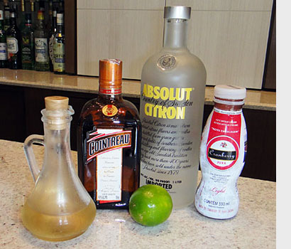 Ingredientes do cocktail Cosmopolitan