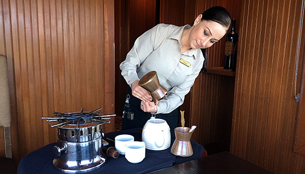 The Salish Signature Hot Chocolate Pot - AntonioBorba.com
