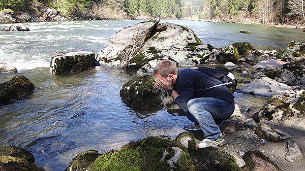 Lavar o rosto nas águas do Snoqualmie River?