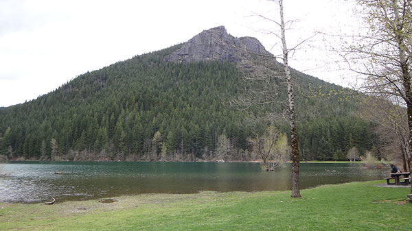 Rattlesnake Lake - Uma bela atração de King County - AntonioBorba.com