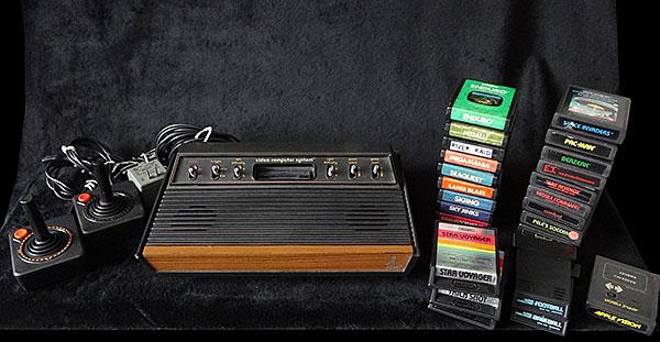 Atari Frente de Madeira com 25 Jogos - AntonioBorba.com