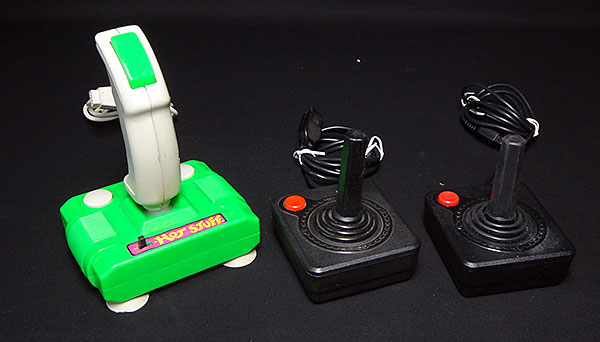 Atari Jr. Importado com 3 Joysticks e 35 Jogos - Antonio Borba