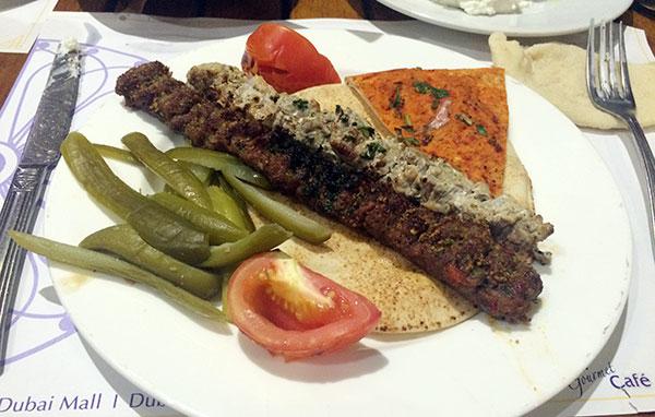 Kebab - A Carne Típica da Culinária Libanesa - Antonio Borba