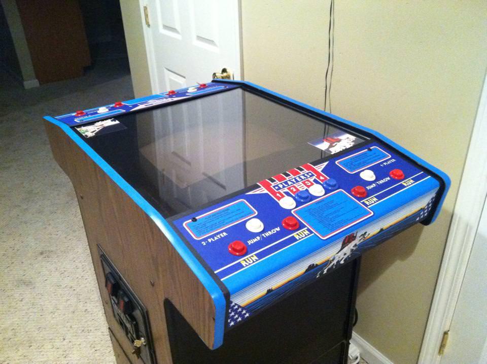 Track & Field Cocktail - Um arcade que permitia até 4 jogadores em dois turnos